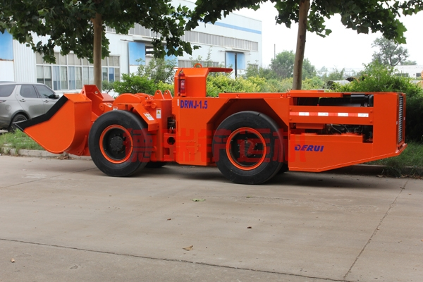 1.5立方柴油铲运机